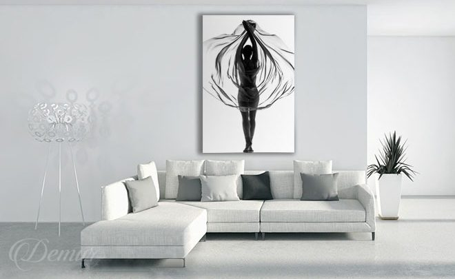 Embraced-with-tulle-black-and-white-canvas-prints-demur
